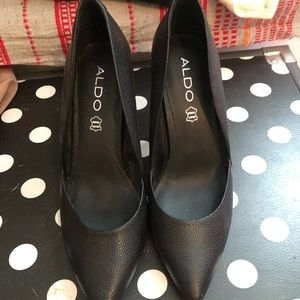 Also Pointed Toe Pumps